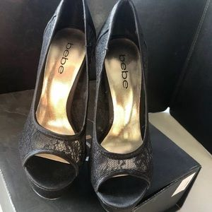 BEBE SHOES MADELYN BLACK LACE STUDS BLING SIZE 5